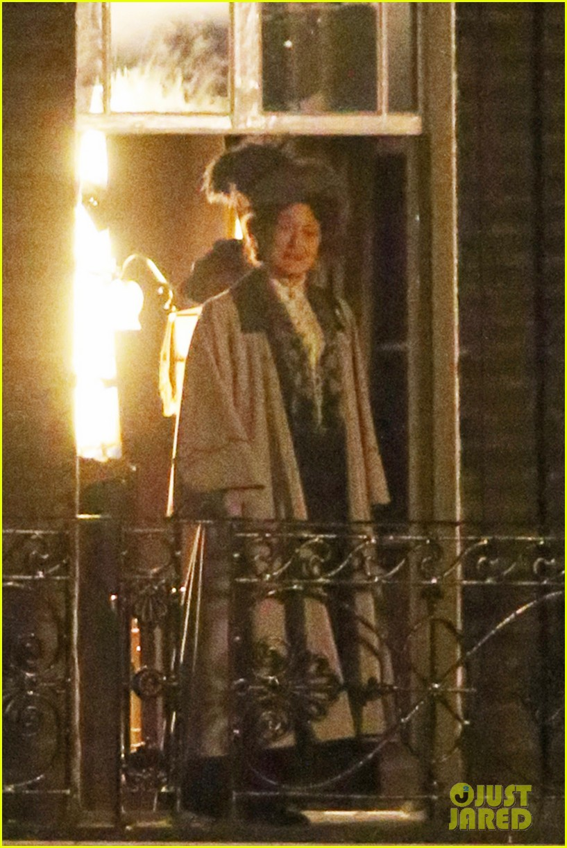 meryl streep first look on set at suffragette 15