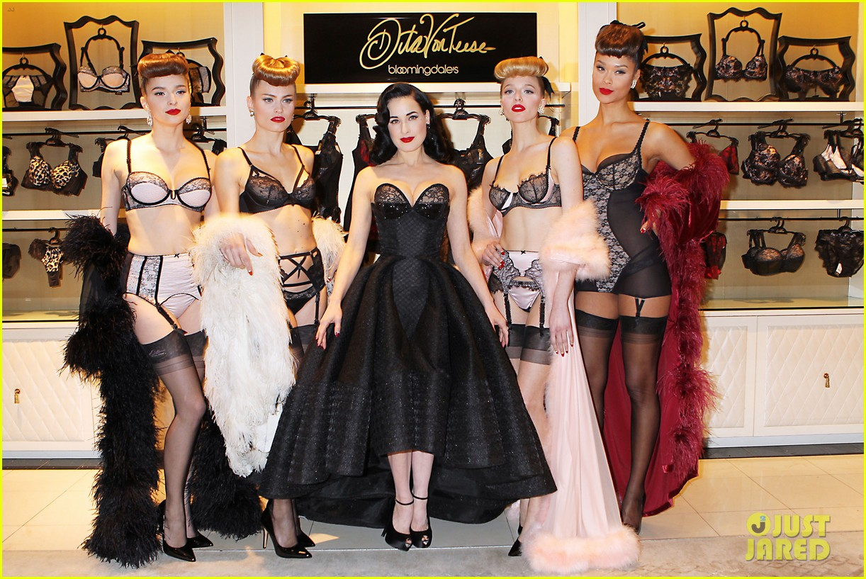 dita von teese stuns at her bloomingdales lingerie collection launch 02