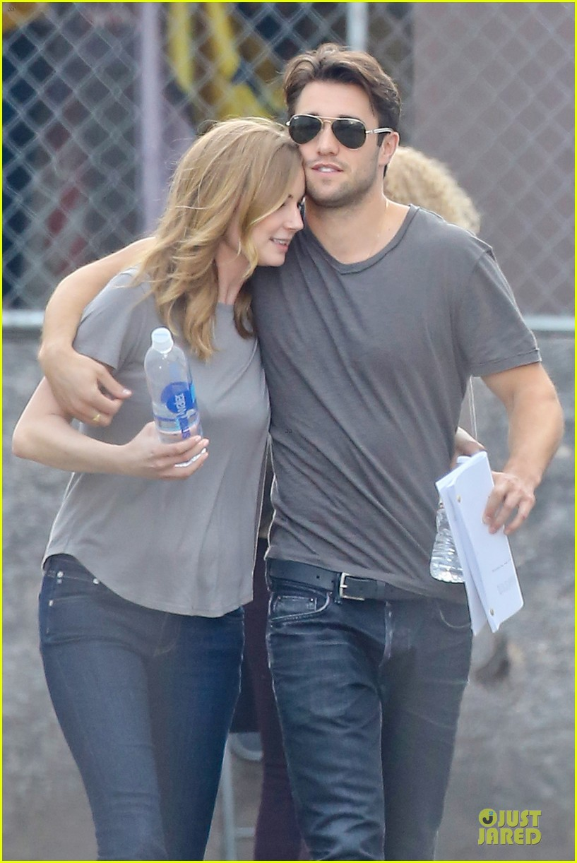 emily vancamp josh bowman wrapped up 02