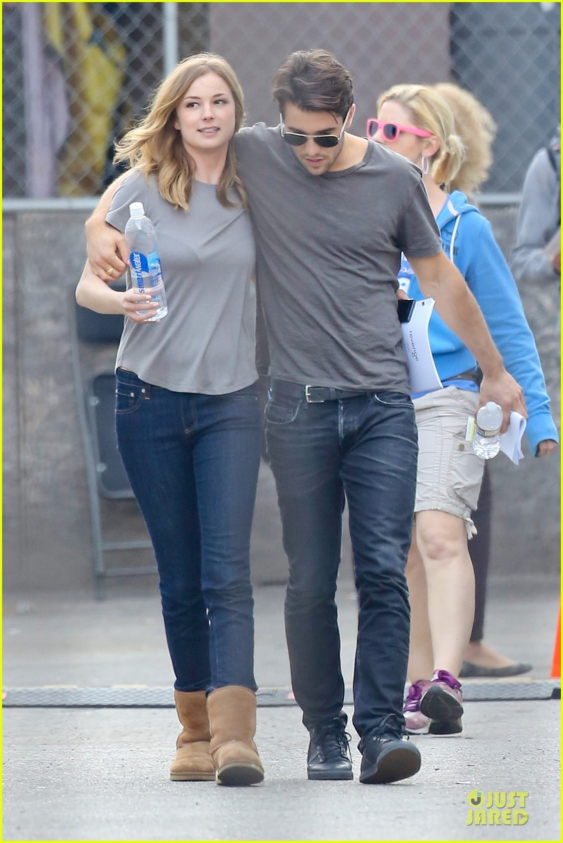 emily vancamp josh bowman wrapped up 233078144