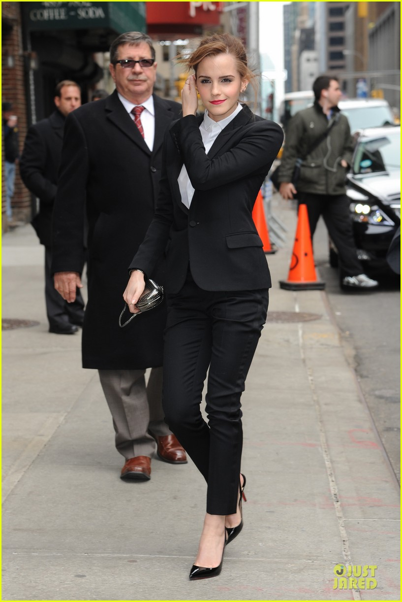 emma watson suit late show with david letterman 07