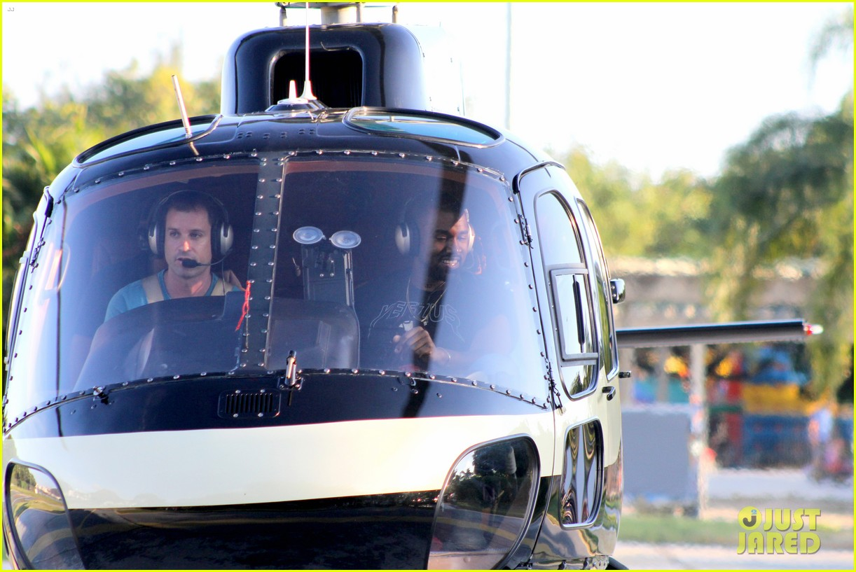 kanye west helicopter tour rio 24
