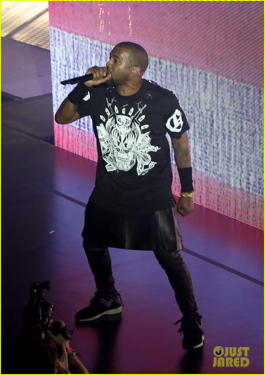 kanye west jay z duet otis gotta have it more at sxsw watch now 03