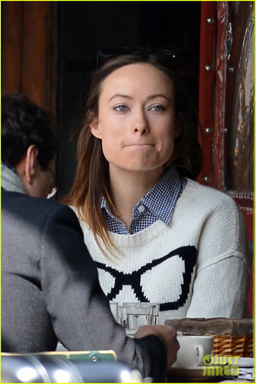olivia wilde gives her seal of approval to doll em jason batemans bad words 023076960