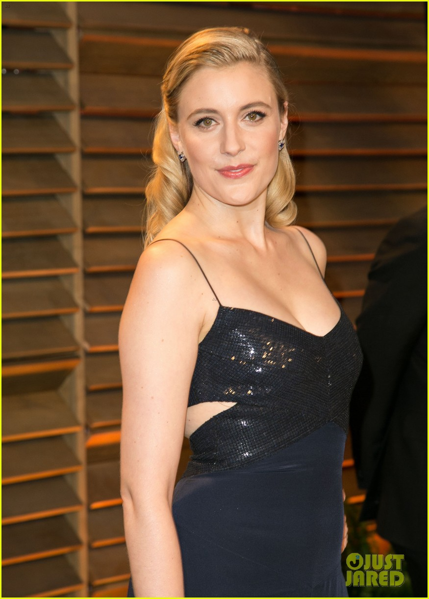 allison williams greta gerwig vanity fair oscars party 2014 12