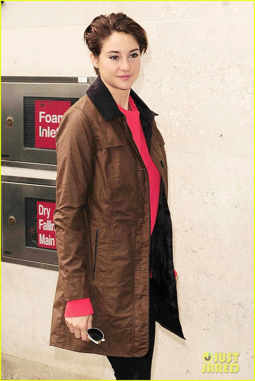 shailene woodley theo james divergent bbc radio one 08