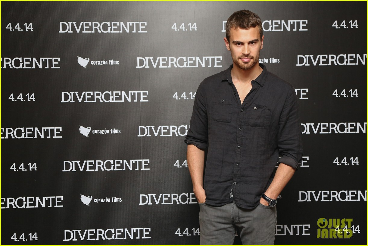shailene woodley theo james take divergent to mexico 033078958