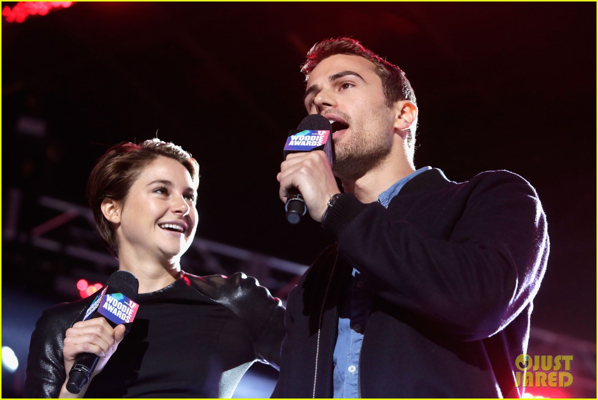 shailene woodley theo james mtvu woodie awards 033071677