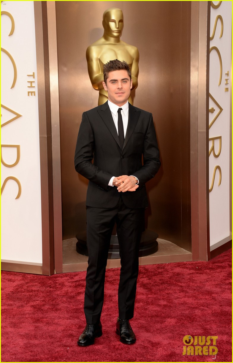 zac efron oscars 2014 red carpet 01
