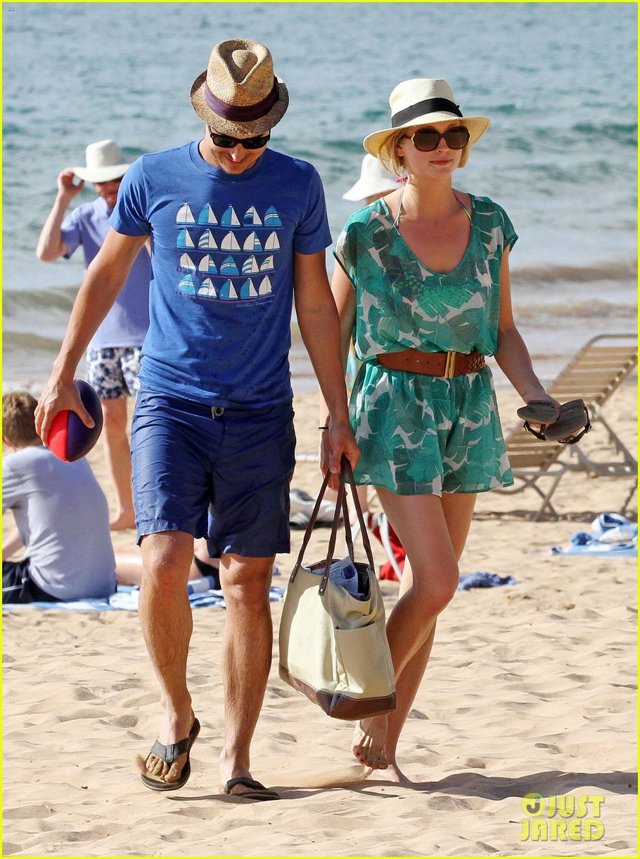 candice accola bikini fiance joe king miami 03