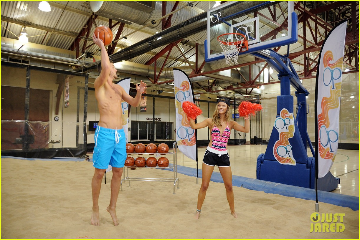 nina agdal shirtless hottie chandler parsons play basketball for ops spring kickoff 09