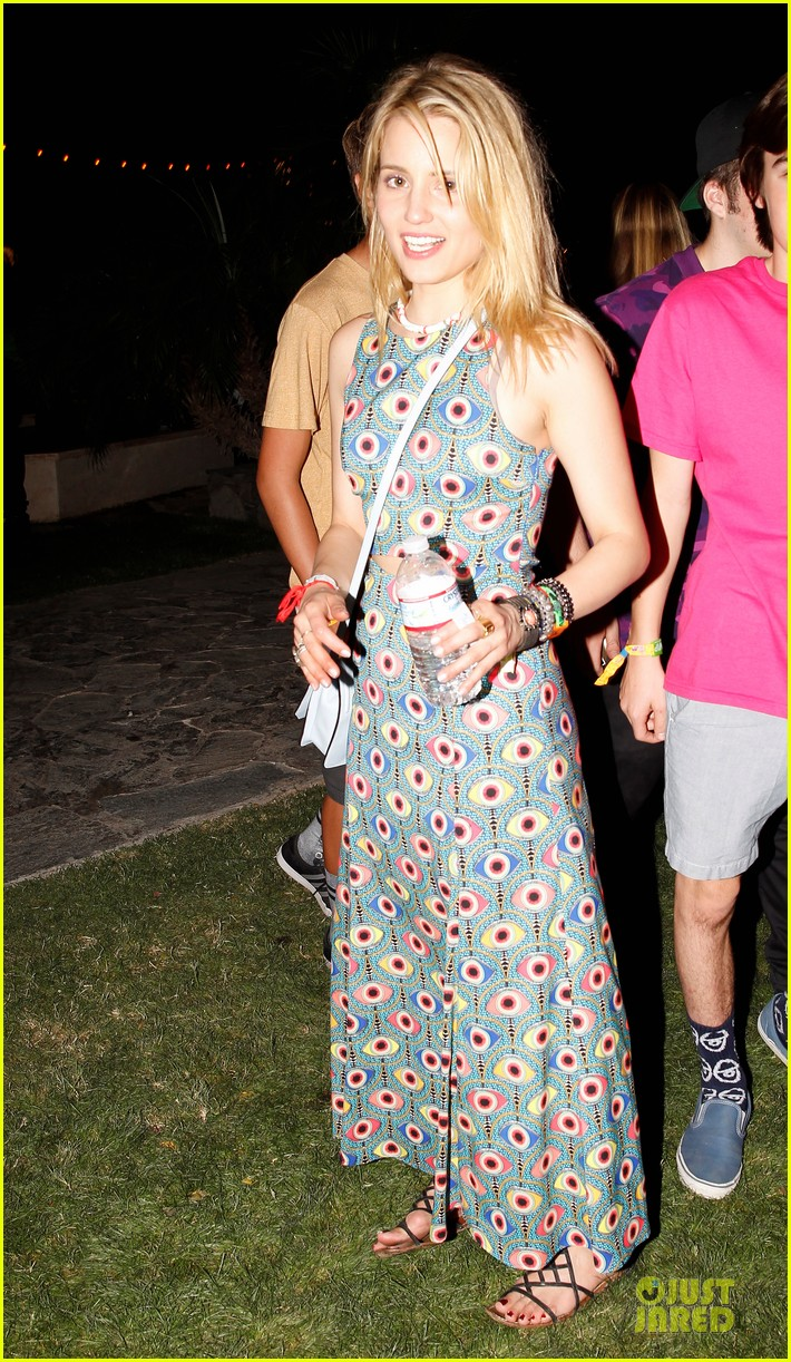 dianna agron all eyes on her at coachella 01