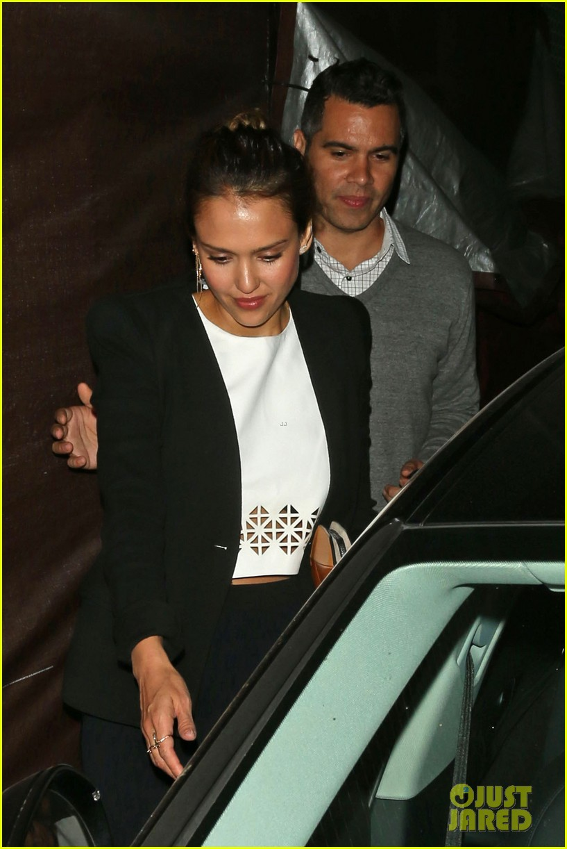 jessica alba celebrates 33rd birthday with husband cash warren 223101442