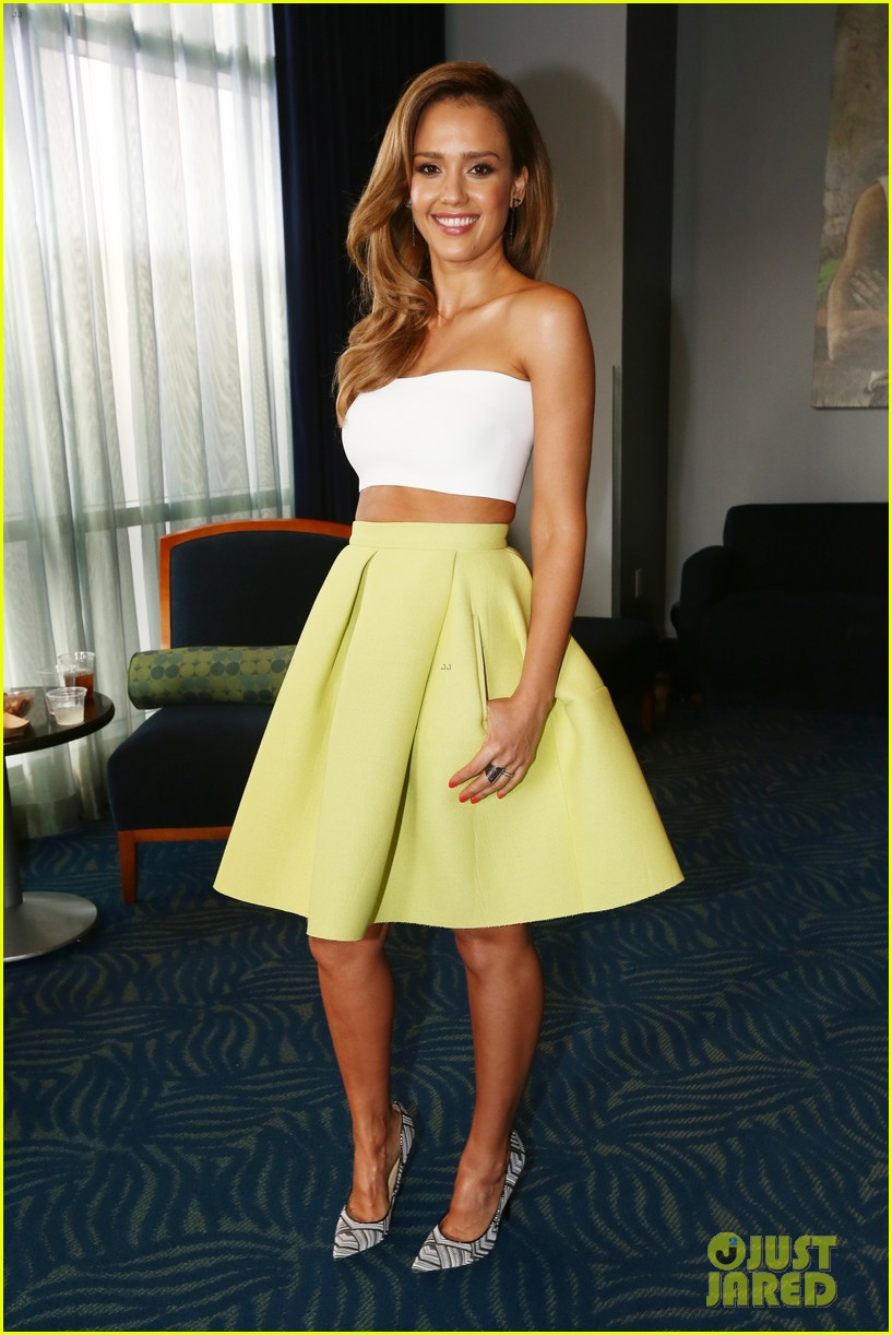 jessica alba mispronounces zac efron name mtv movie awards 2014 03
