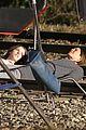 jennifer aniston anna kendrick get emotional lying on train tracks for cake 03