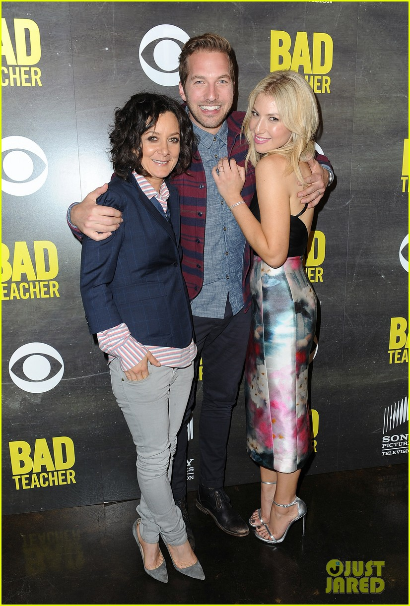 ari graynor ryan hansen are a pair of bad teachers at cbs press night 09