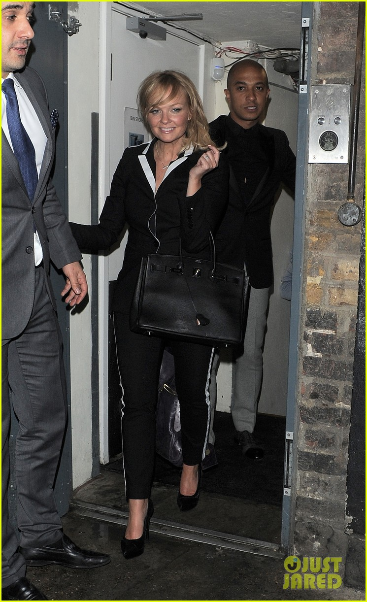 victoria beckham continues bday festivities at londons arts club 01