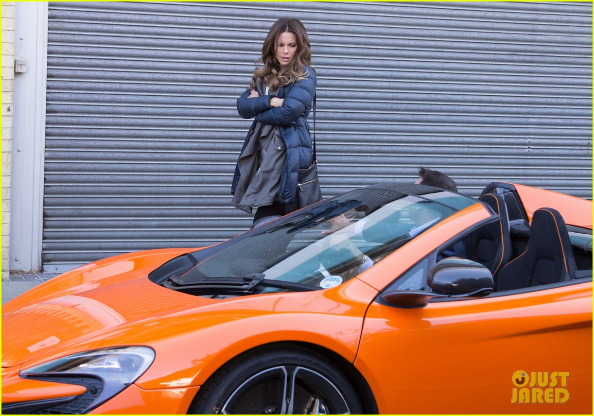 kate beckinsale films absolutely anything with a really nice car 14