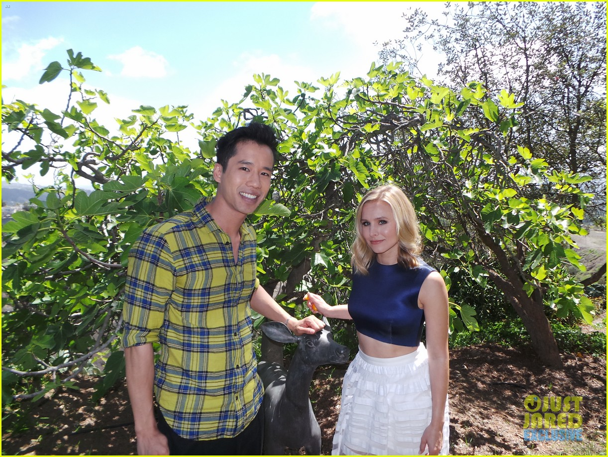 kristen bell just jared spotlight behind the scenes 14