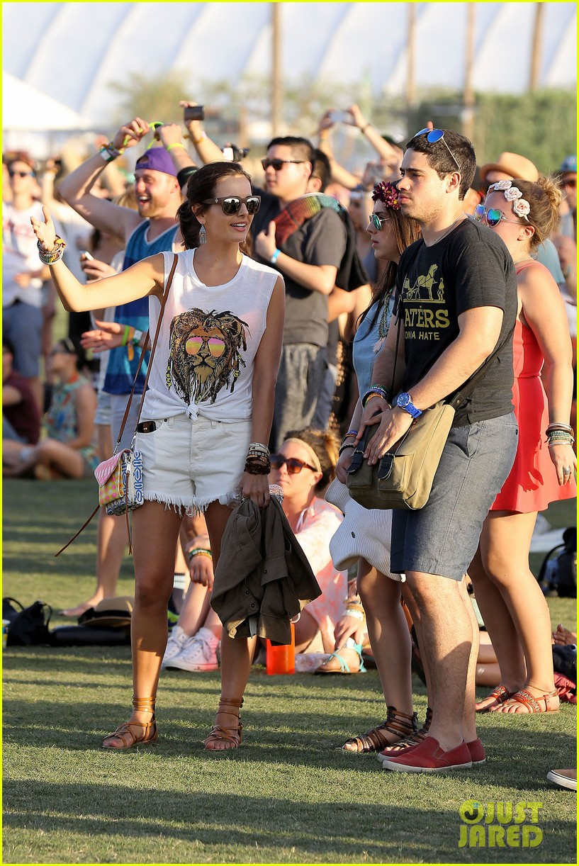 camilla belle rocks out at coachella 223091627