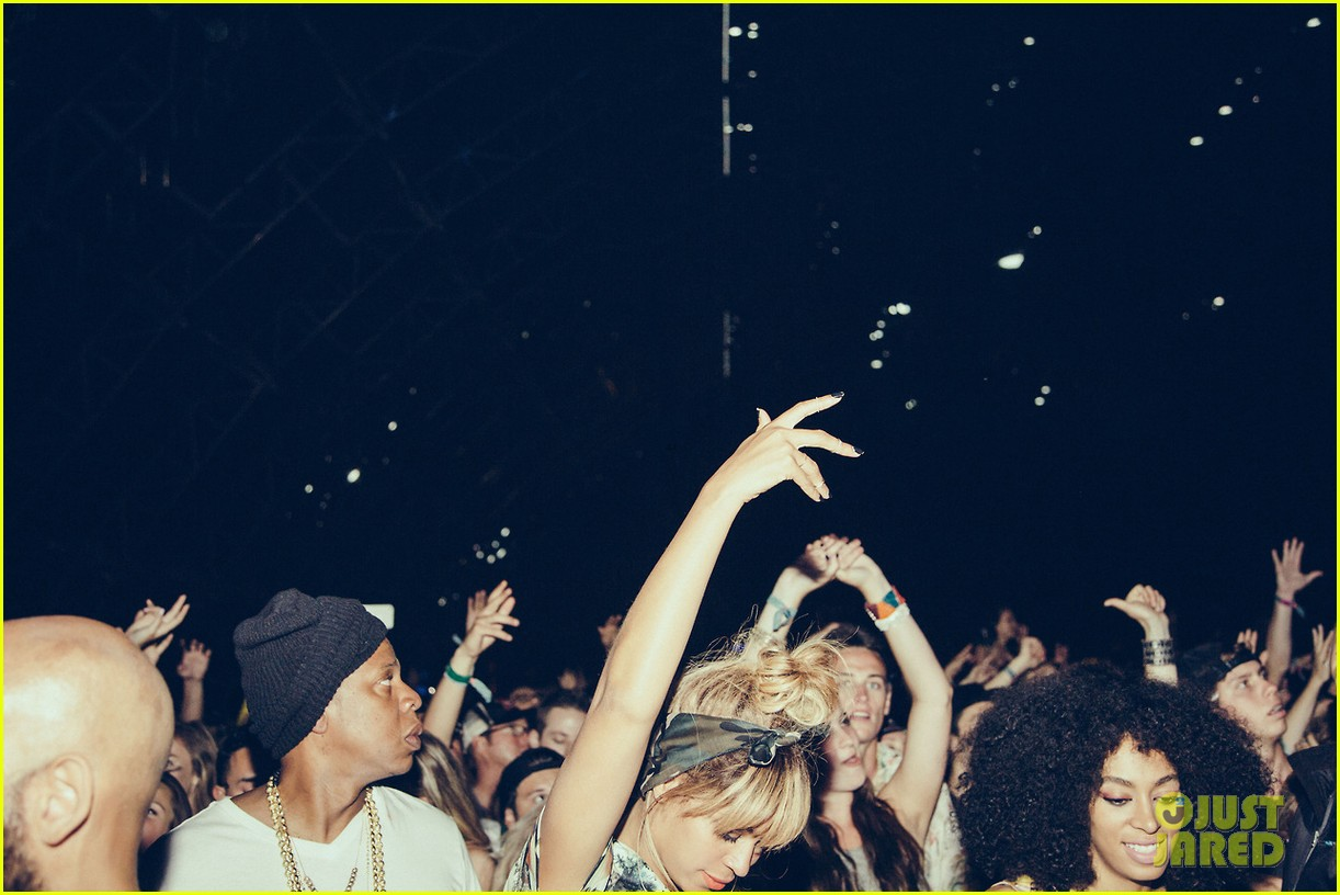 beyonce dances husband jay z coachella 12
