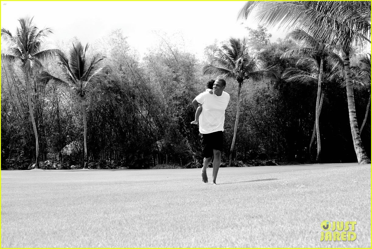 beyonce jay z blue ivy dominican republic vacation 093087927