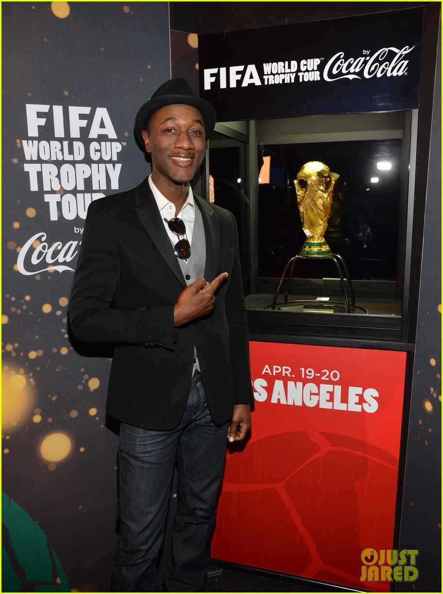 aloe blacc is the man for coca cola world cup campaign 01