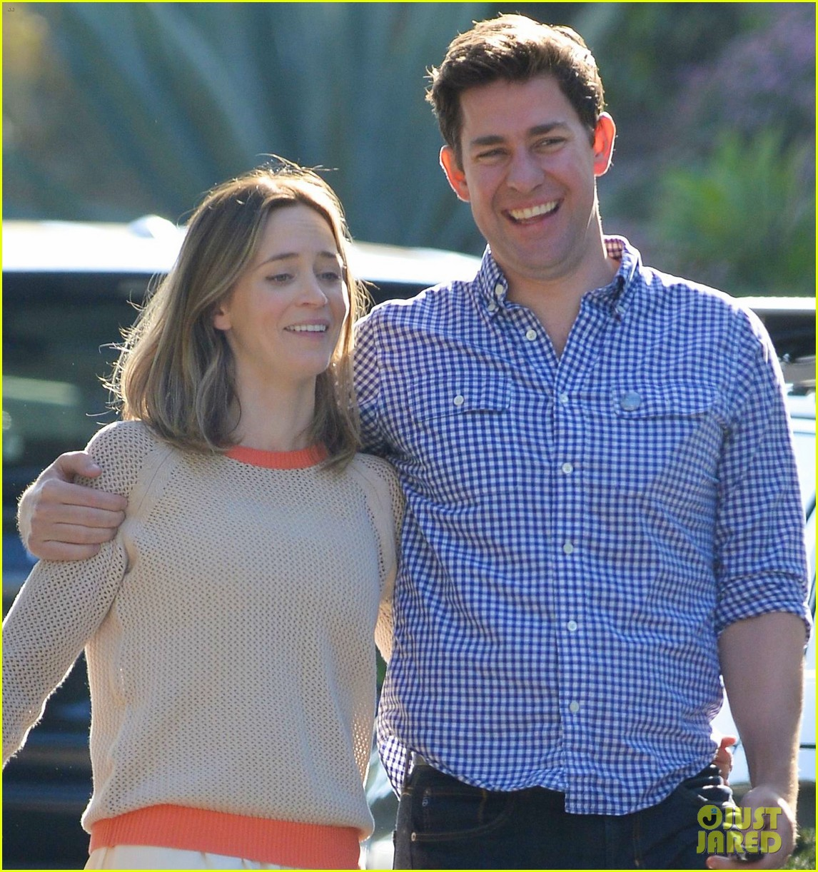emily blunt john krasinski have a good laugh in weho 023091800