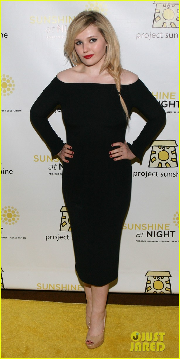 abigail breslin all grown up project sunshine benefit 053102292