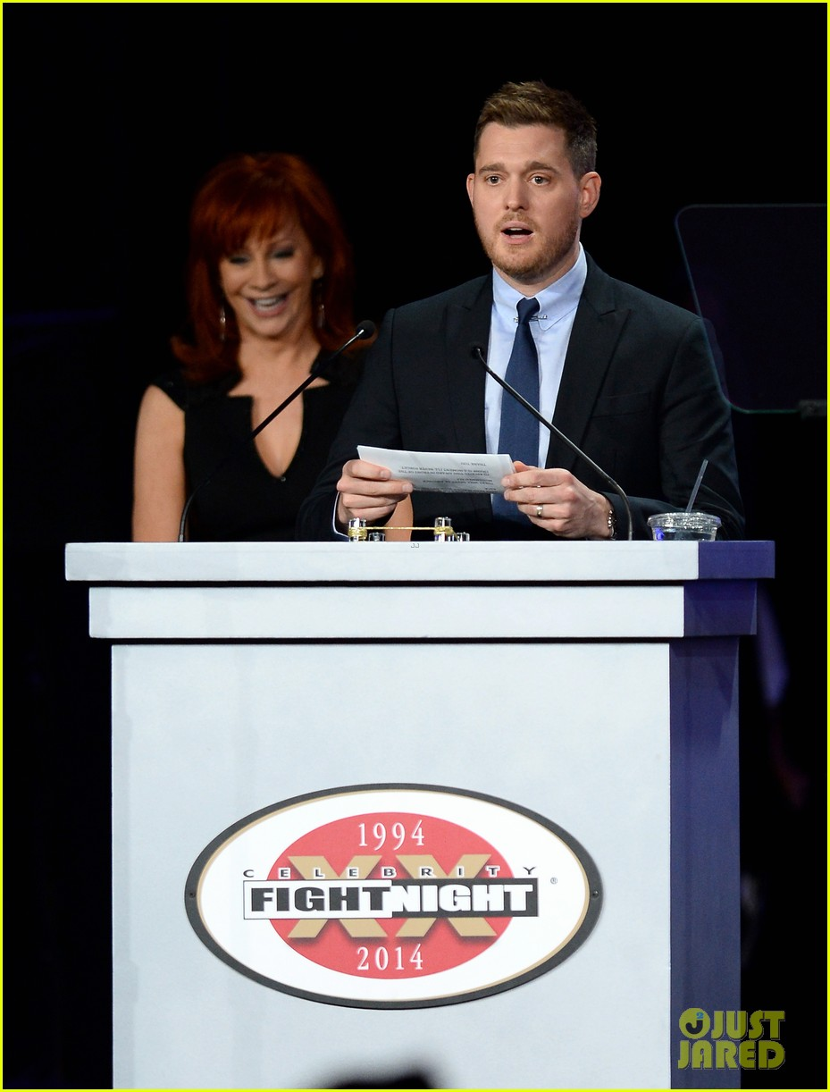michael buble receives muhammad ali humanitarian award 053090886