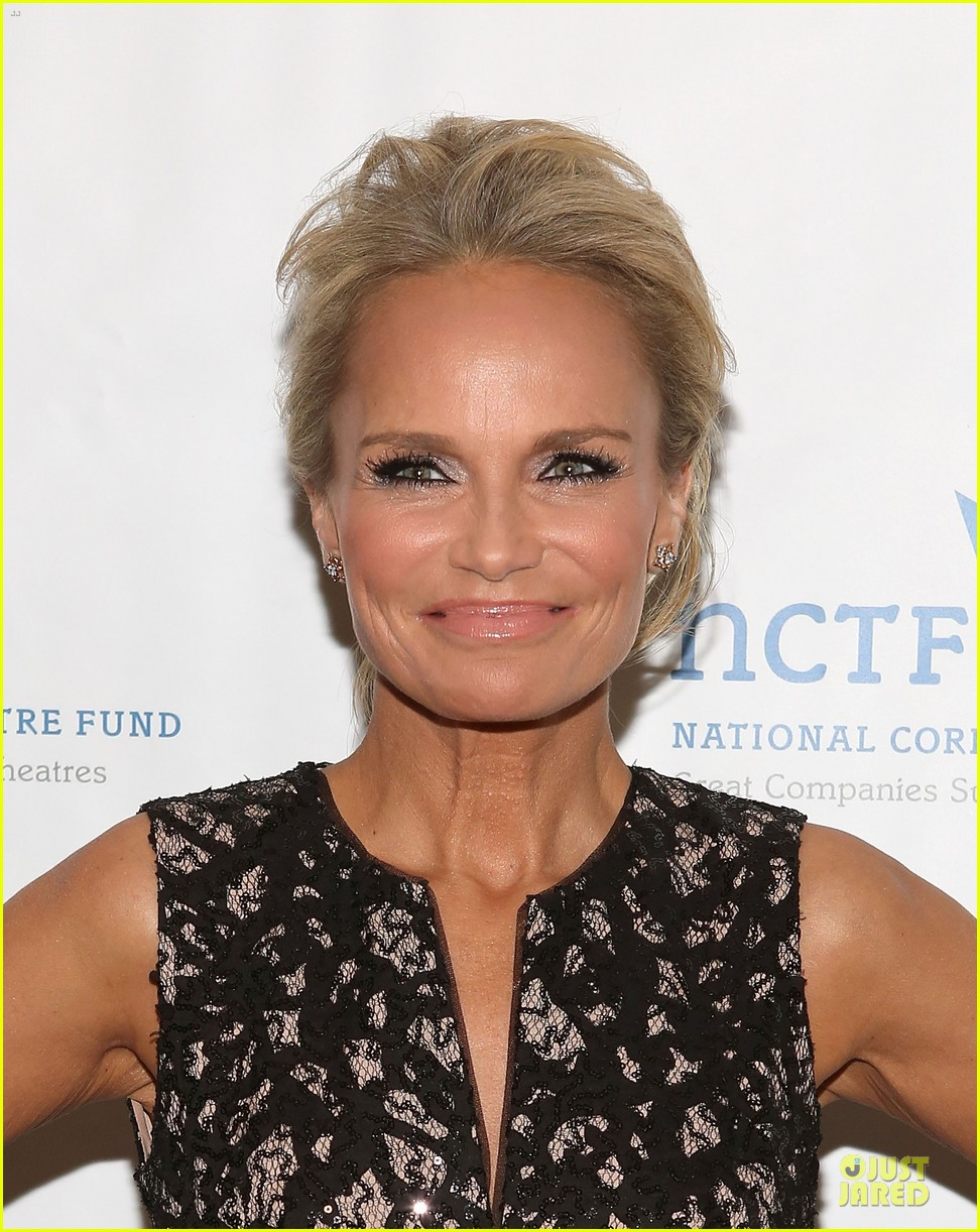 kristin chenoweth leadership is recognized 103082640