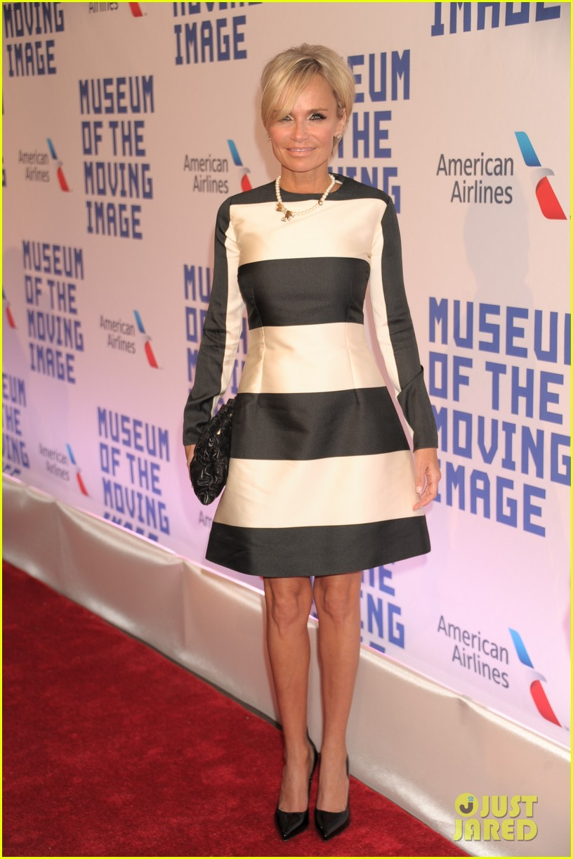 kristin chenoweth penn badgley musuem of moving image gala 10