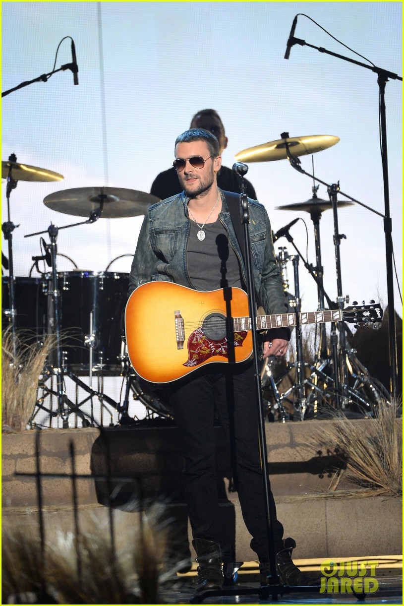 eric church performs give me back my hometown at acm awards 2014 03
