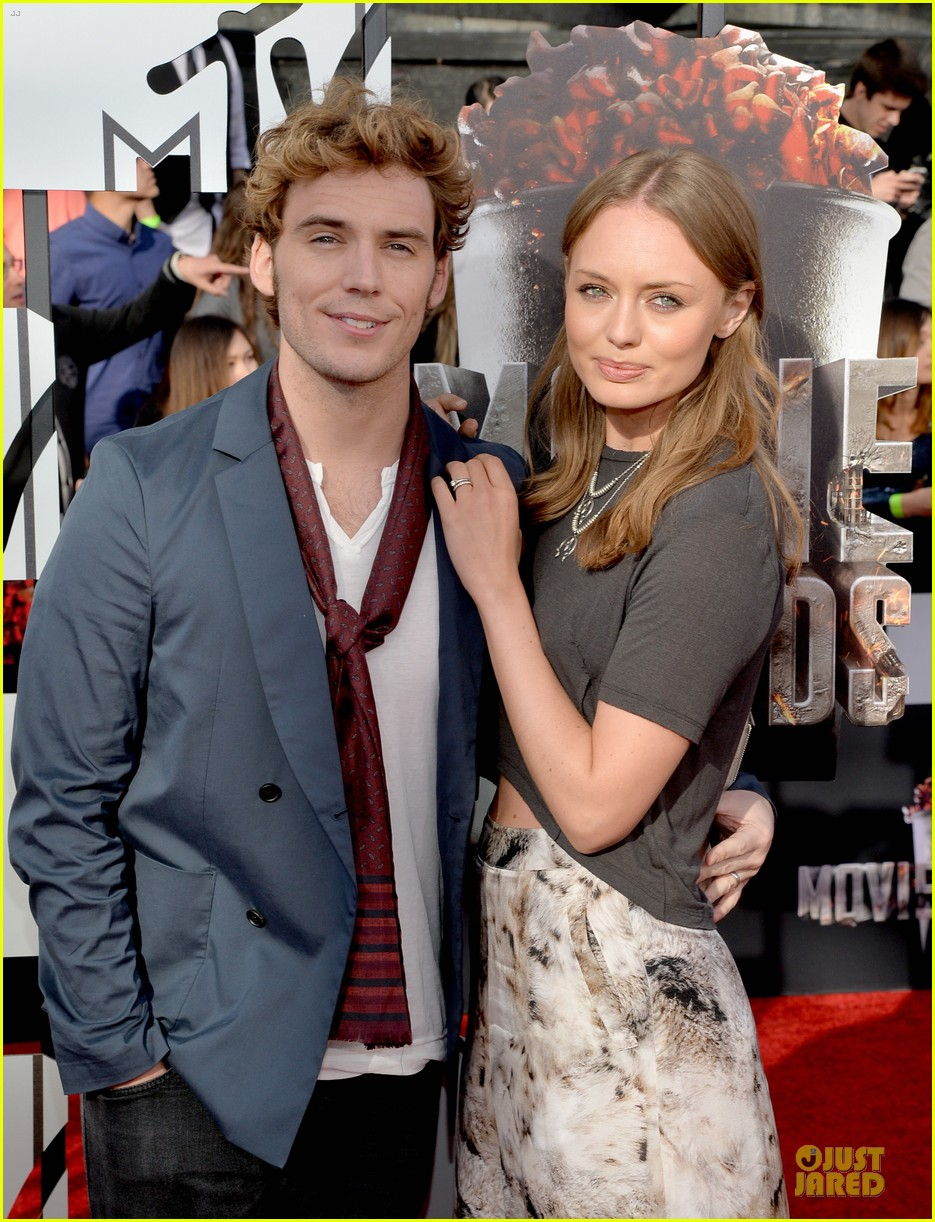 sam claflin mtv movie awards 2014 023091412