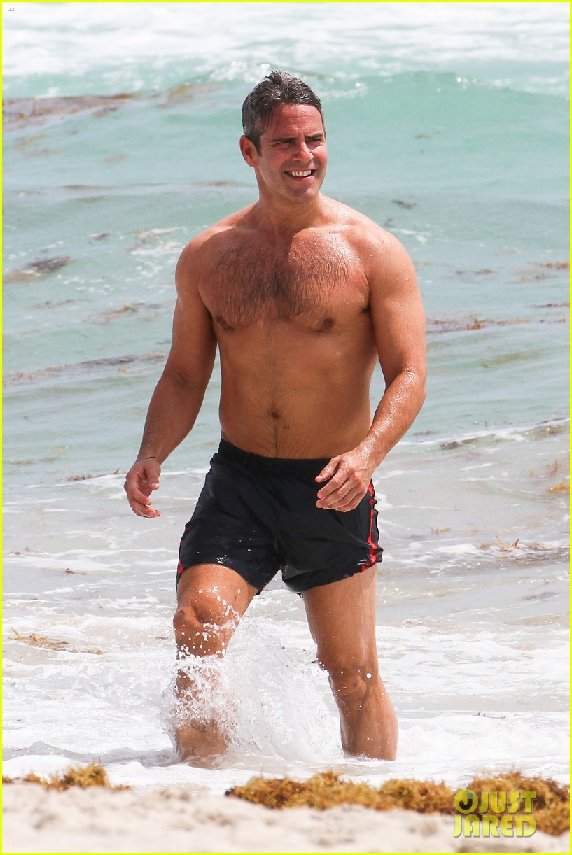 andy cohen shirtless uses tinder 063084790