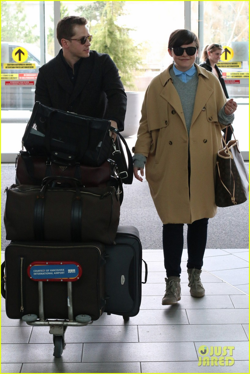josh dallas does heavy lifting for pregnant ginnifer goodwin 03