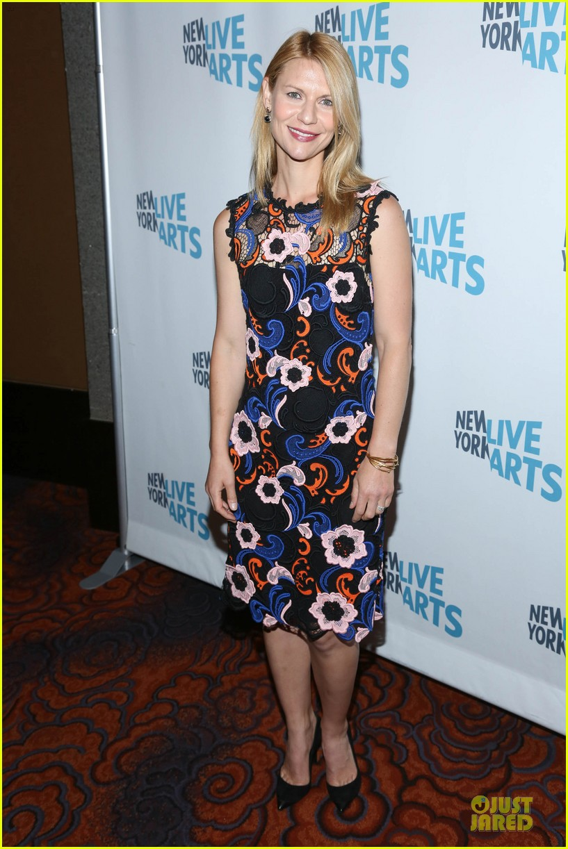 claire danes hugh dancy picture perfect at ny live gala 01