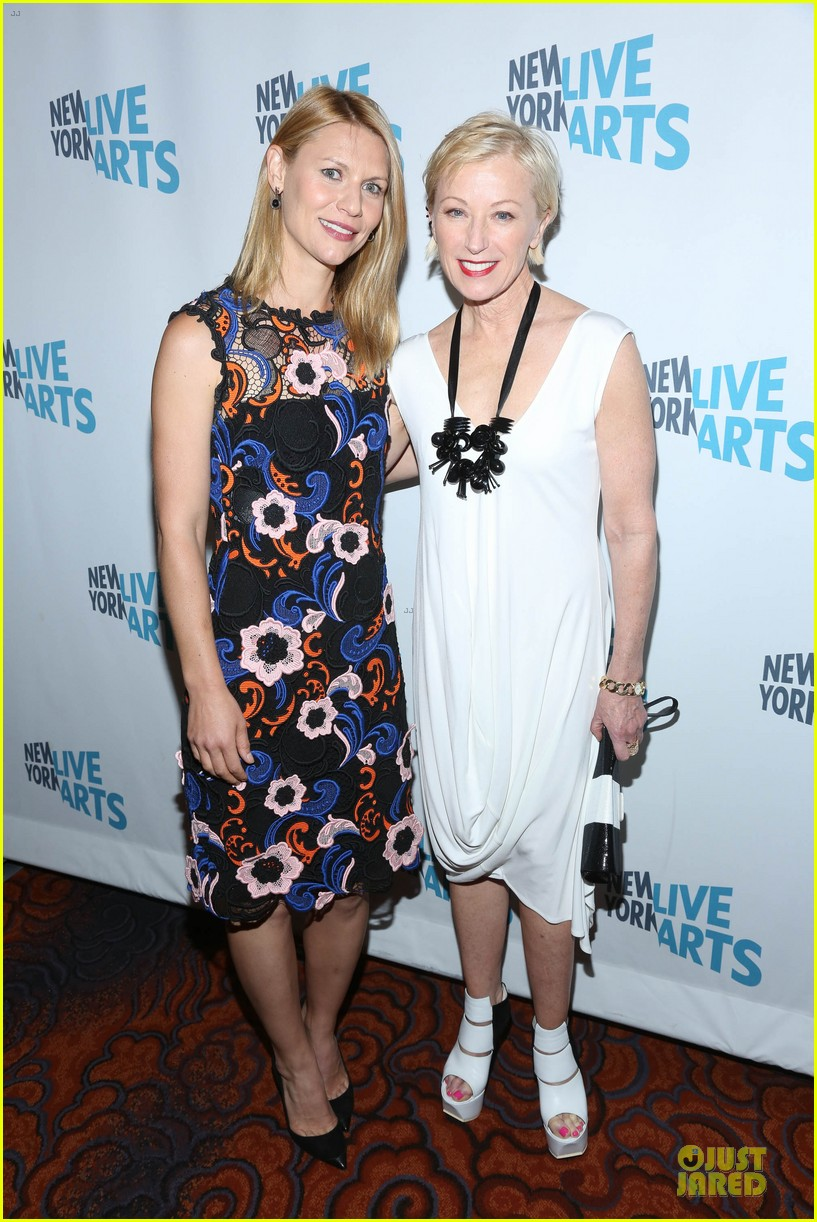 claire danes hugh dancy picture perfect at ny live gala 033097061