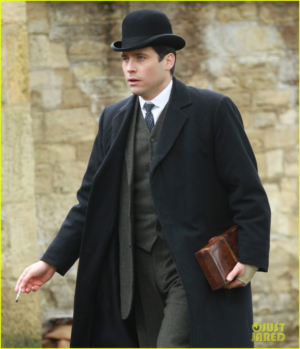these downton abbey season five set pics are getting us really excited 143098158