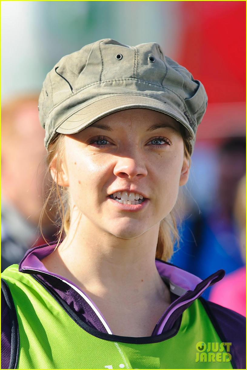 natalie dormer runs london marathon for charity 04
