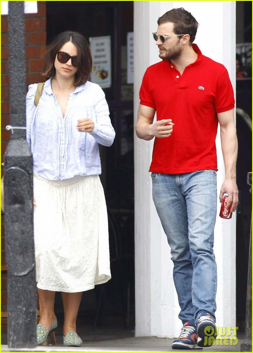 jamie dornan treats his wife to lunch in london 08