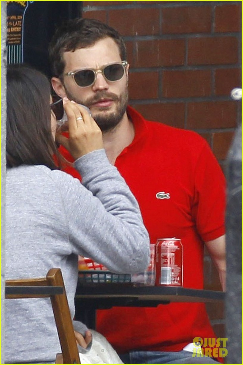 jamie dornan treats his wife to lunch in london 12
