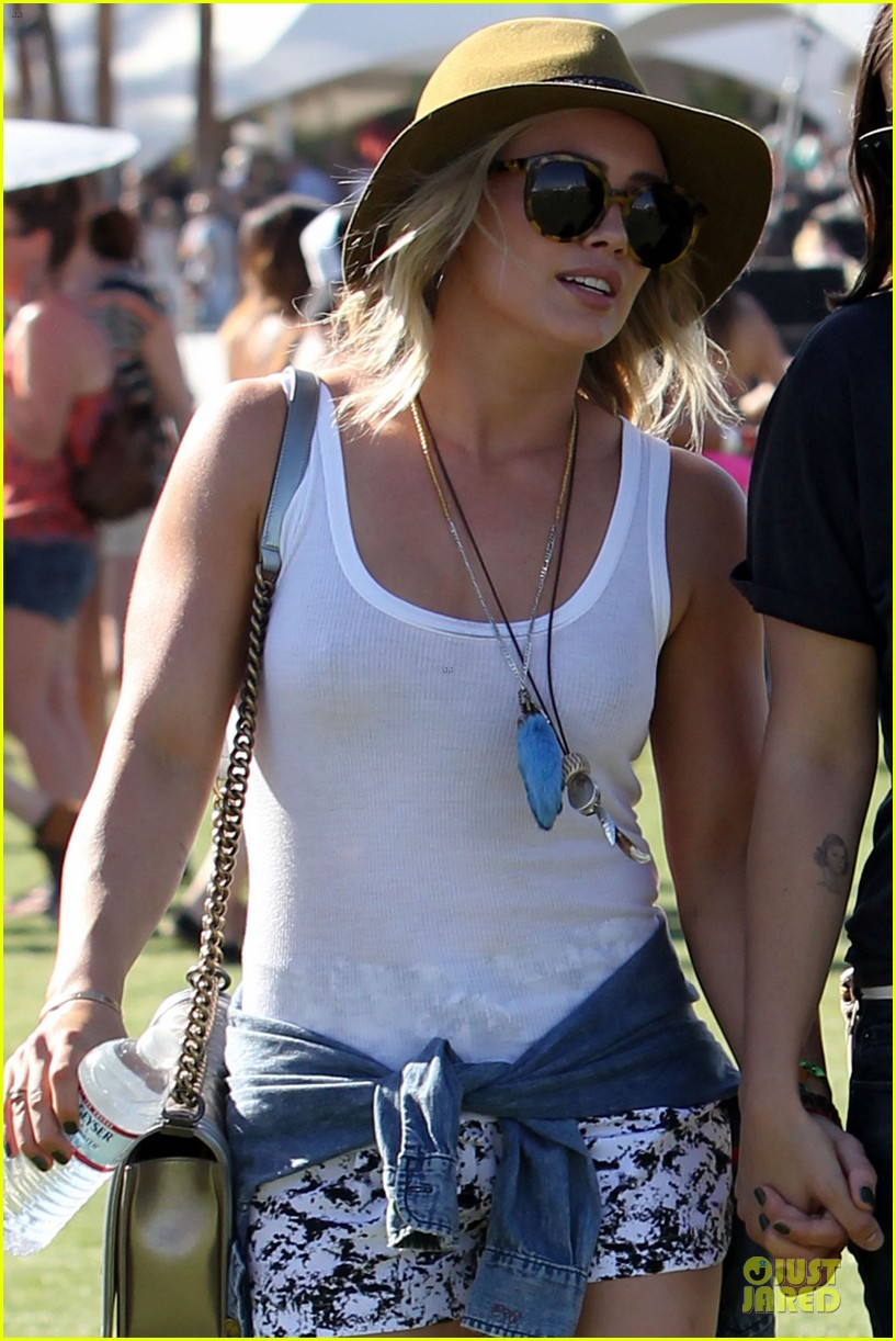 hilary duff mike comrie friendly affair at coachella 08