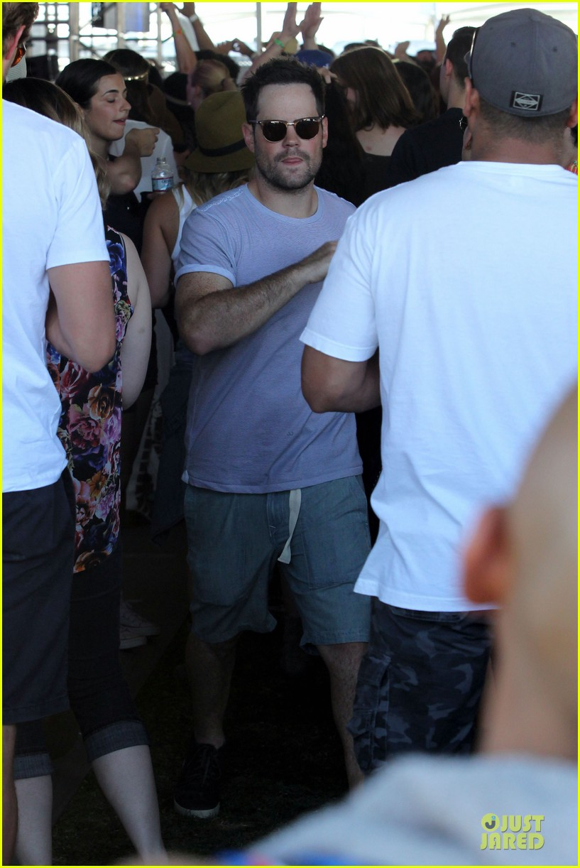 hilary duff mike comrie friendly affair at coachella 113089517