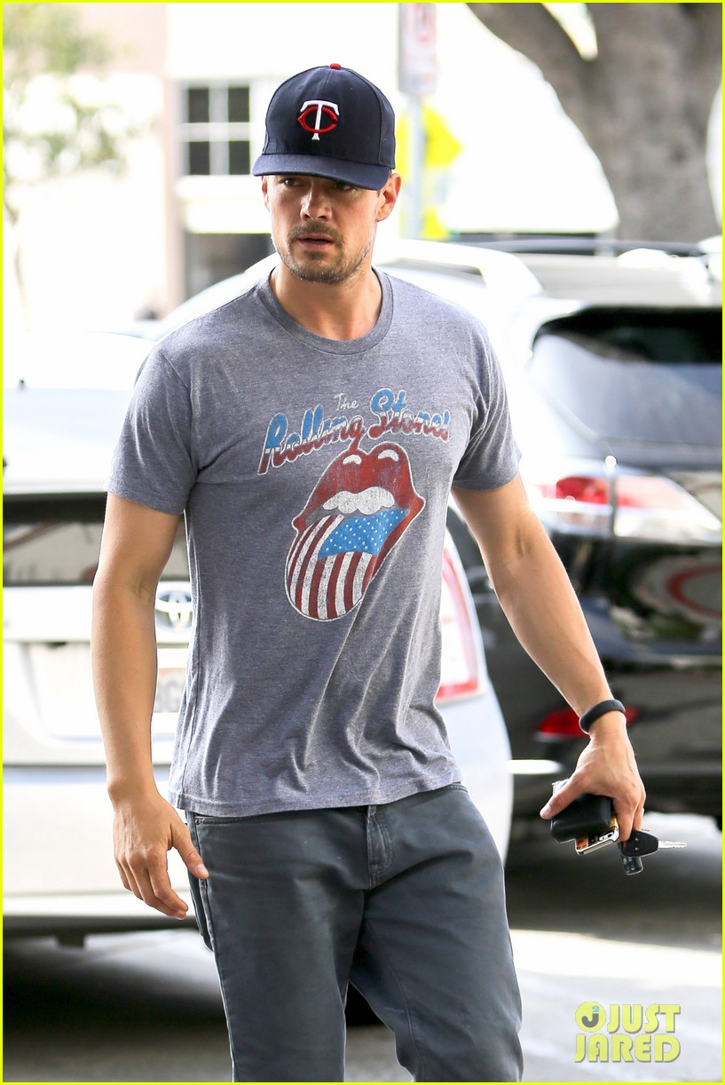 josh duhamel couldnt pass up doing battle creek 12