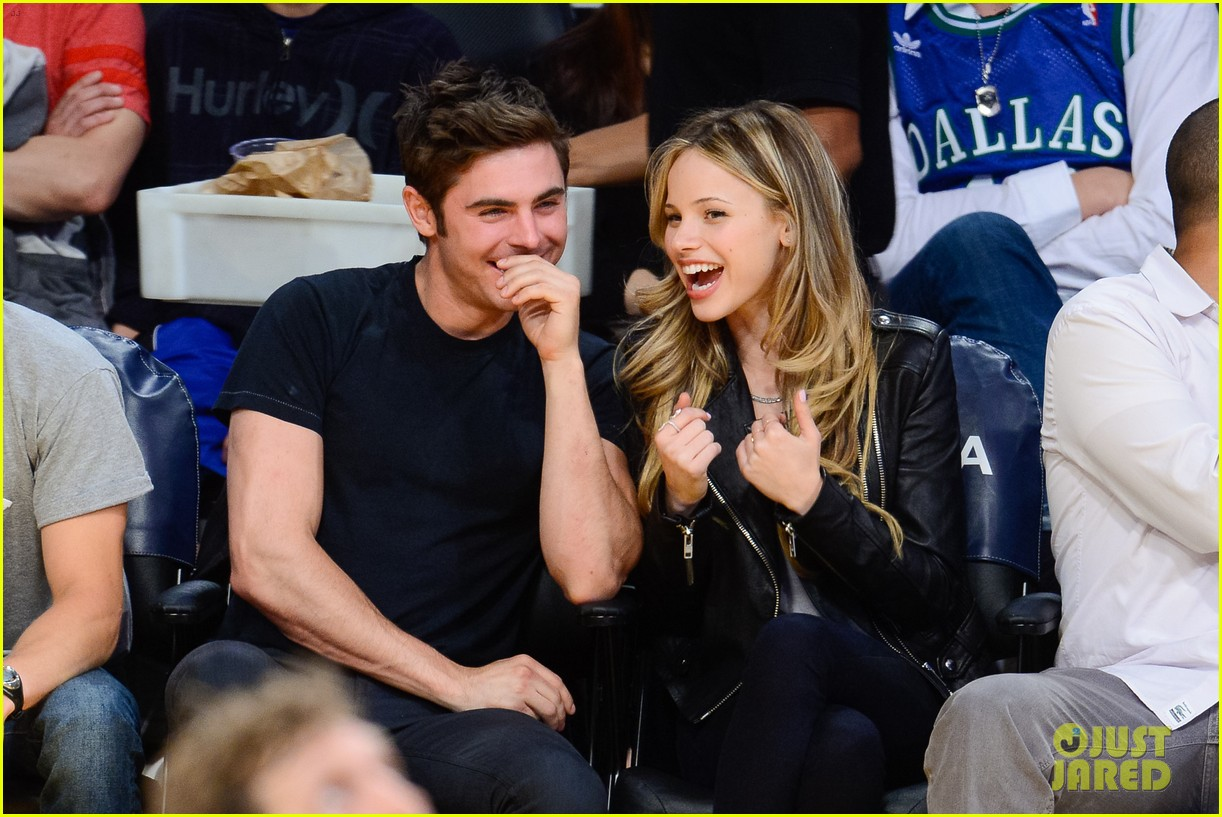 zac efron halston sage lakers game 03