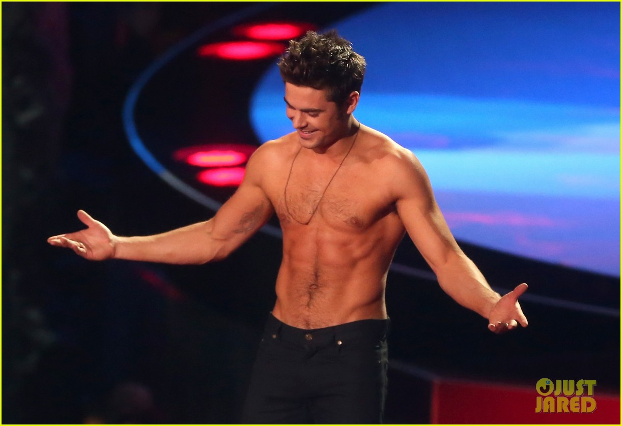 more zac efron shirtless photos mtv movie awards 2014 143091678