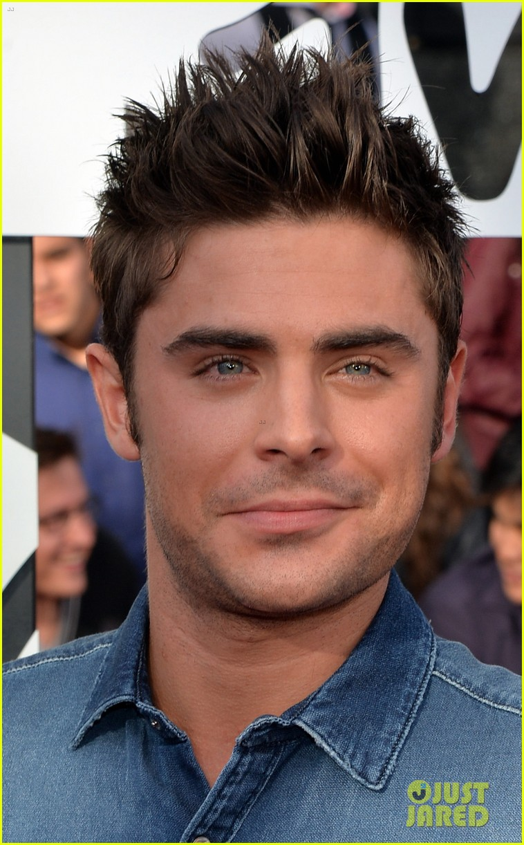 zac efron arms mtv movie awards 2014 133091190