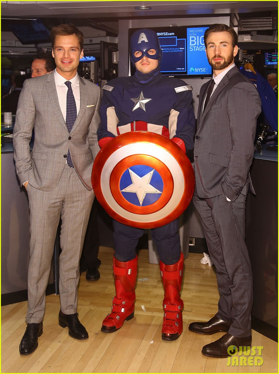 chris evans passes fantastic four torch to michael b jordan 043082883