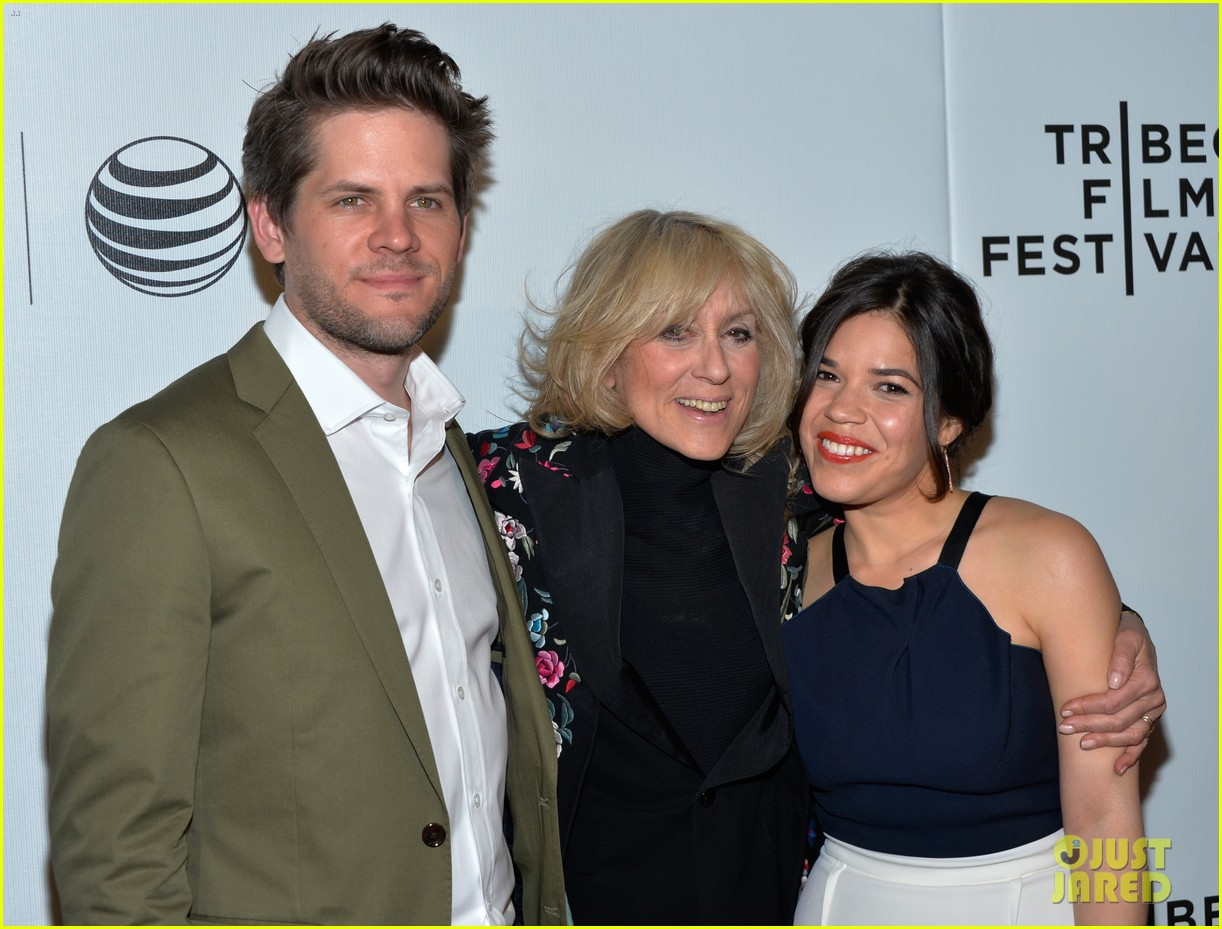 america ferrera husband bring new movie to tribeca 08